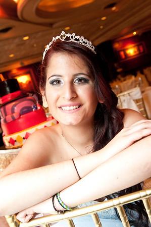 Anna Sweet 16