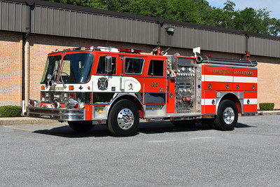2021 Chesapeake Antique Fire Apparatus Association (CFAA) June muster at the Pleasant Valley VFC in Carroll County, Maryland.  Brandywine, Maryland Engine 402 1987 Hahn HCP1519182787/1995 LSI 1500/500  1 of 2 operated by Brandywine