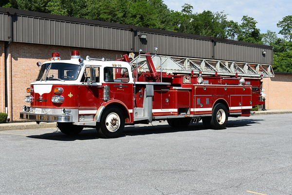 2021 Chesapeake Antique Fire Apparatus Association (CFAA) June muster at the Pleasant Valley VFC in Carroll County, Maryland.  North Penn, PA 1975 ALF Century 100' sn CE1444155 Original to North Penn sold to Mexico, Maine