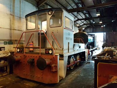 0-6-0DE 2661 'Arnold Machin' being worked on  28/01/17