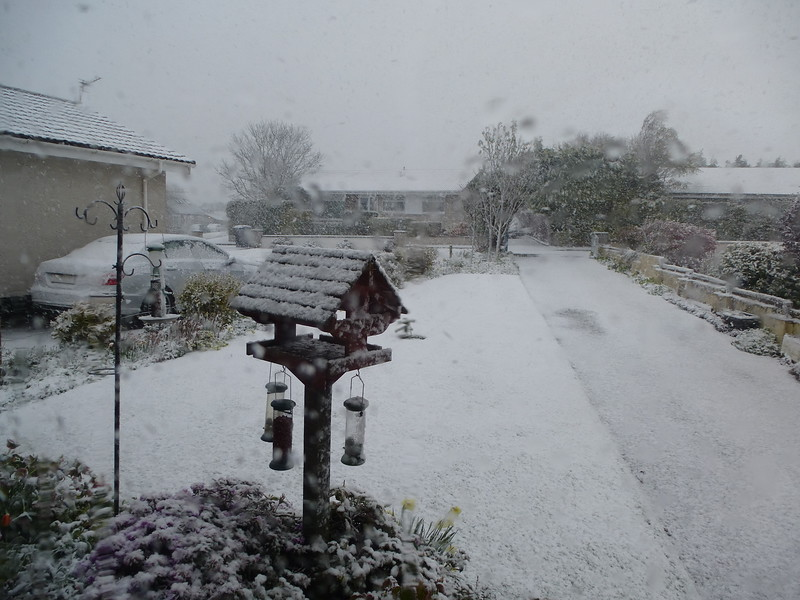 Snow on 26th April in Potterton