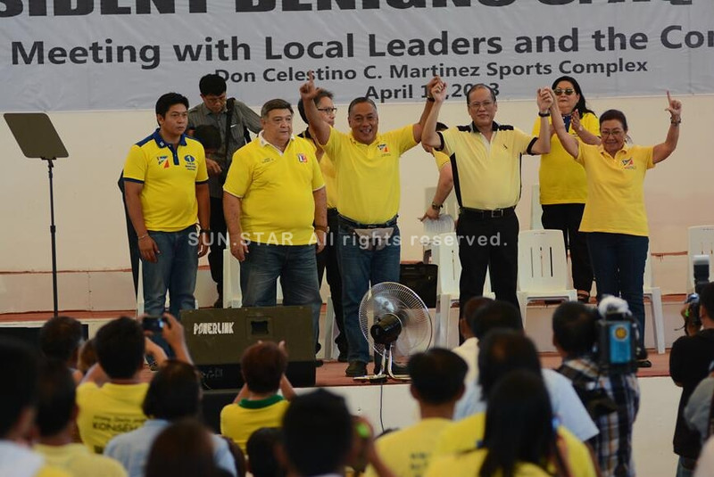President Noynoy Aquino in Bogo, Cebu City with Liberal Party members