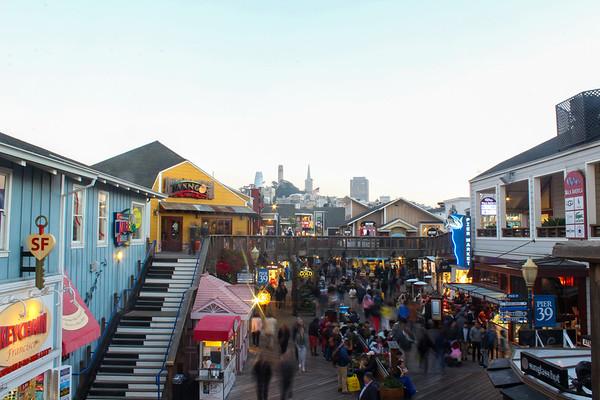 Masses at Pier 39