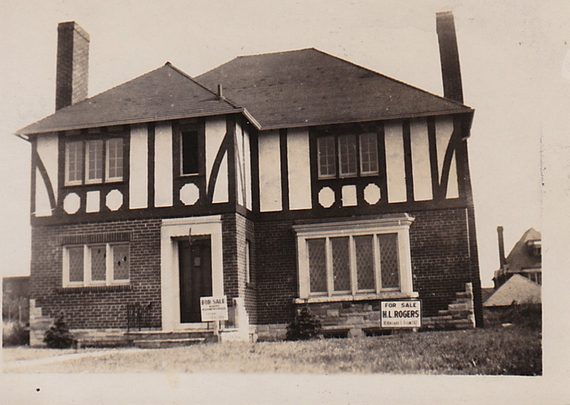 House that Grandpa Arnold built on Islington Ave. in Toronto. (1950's)