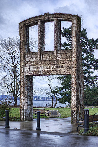 This was at one time the entrance to a Junior High School in Kirkland. It now stands as the entrance to a park. The school was built in 1932.