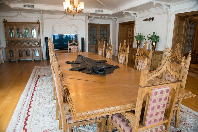 Межигір'я, former President Viktor Yanukovich's residence outside Kyiv, Ukraine.. Dining with an appetizing flayed crocodile.