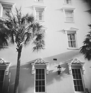 Charleston (Holga, 2011)