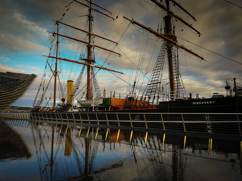 """RRS Discovery<br /> Recommended print size 16"""" x 12""""<br /> Find it in  Paper Prints/Other Sizes"""