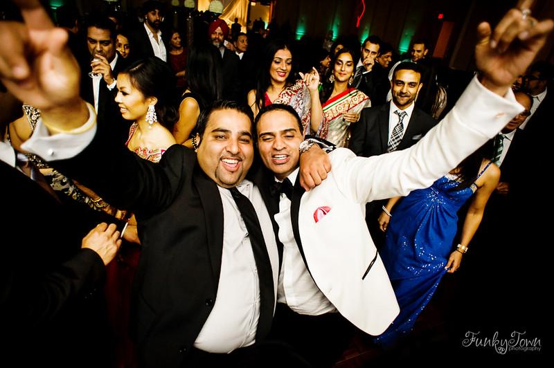 4119-Delta-Burnaby-Indian-Wedding-Reception