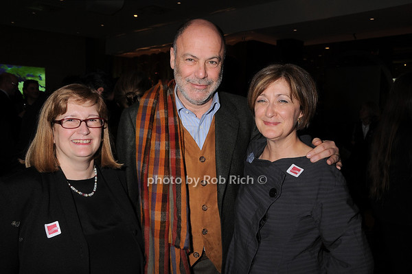 Margaret Tao, John Eskenazi, Joan Mirviss<br /> photo by Rob Rich © 2010 robwayne1@aol.com 516-676-3939