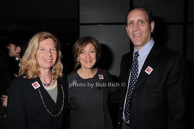 Karen Wender, Joan Mirviss, Leon Wender photo by Rob Rich © 2010 robwayne1@aol.com 516-676-3939