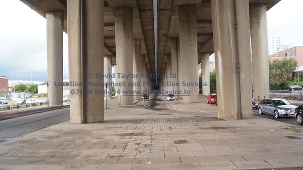 Under Kingston bridge - 11