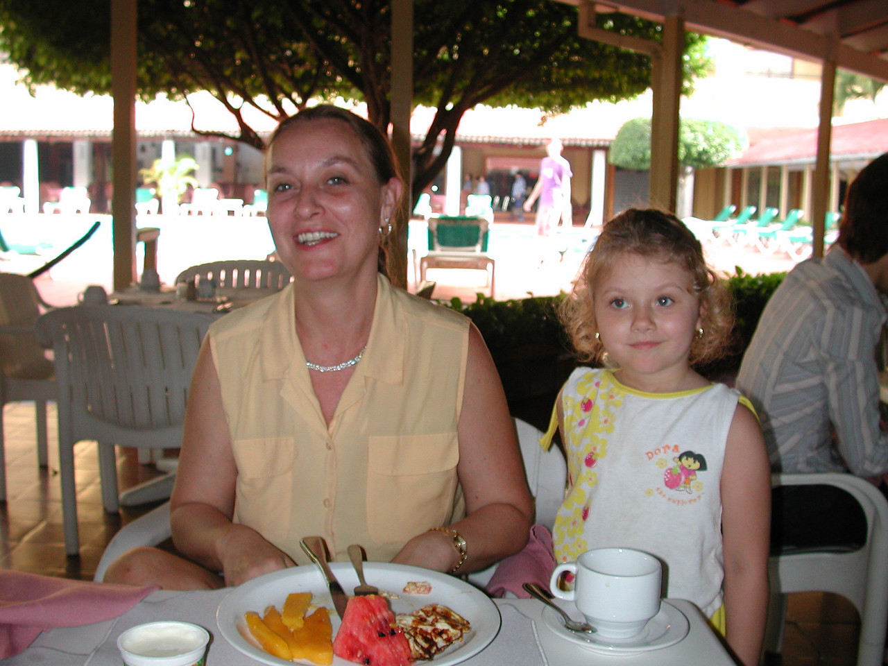 Mom and Stormers having a Dominican breakfast.
