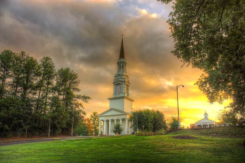 Wieuca Road Baptist Church, Buckhead Atlanta                        ---Click Image for larger view--