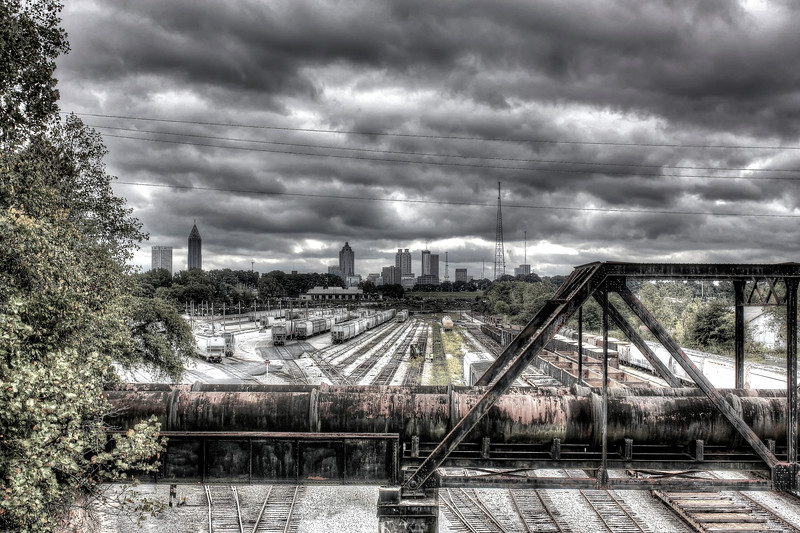 Atlanta skyline from Chattahoochee Ave                        ---Click Image for larger view--