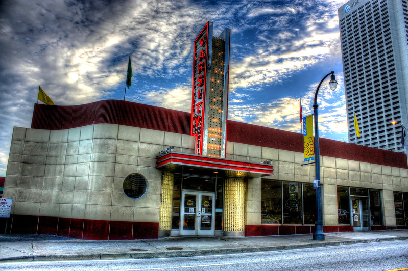 The Varsity on North Ave                        ---Click Image for larger view--