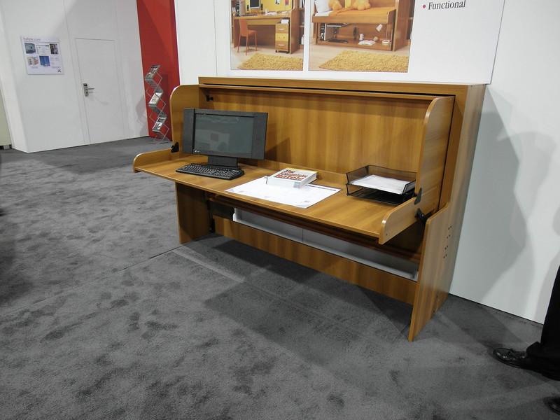 Bed/Desk design, desk position