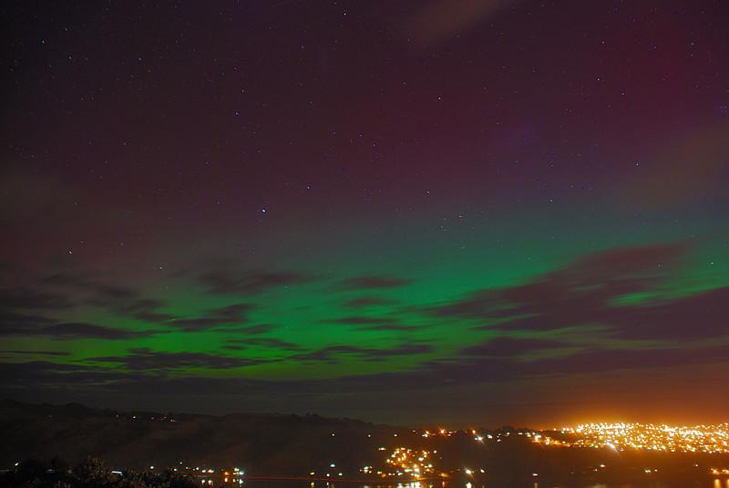 Aurora Australis over  Dunedin. 15 July 2012, 9:41pm. Signal Hill.