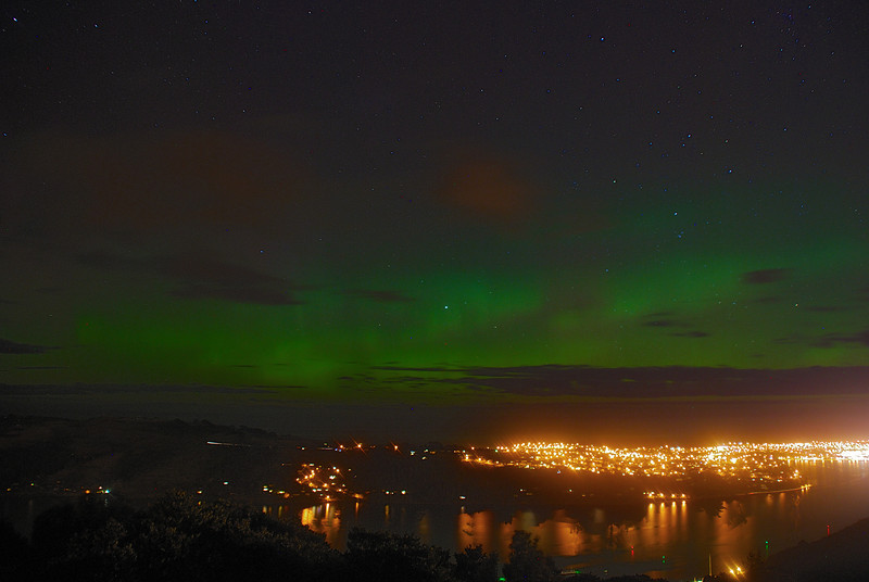 Aurora Australis over  Dunedin Harbour. 15 July 2012, 11:19pm. Signal Hill.