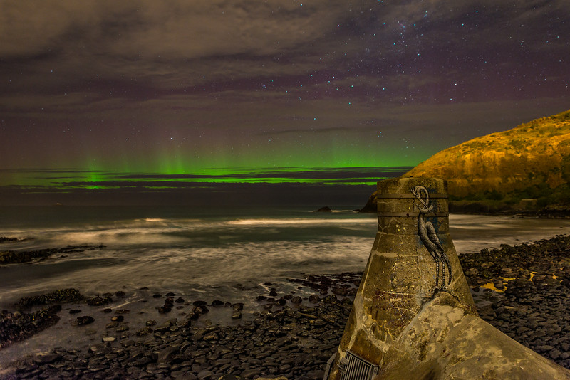 Aurora australis. Second Beach, St Clair, Dunedin. 27 August 2014, h21:30