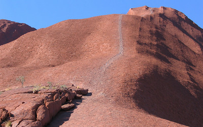 The aboriginal people strongly prefer that people do not climb Uluru