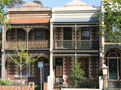 Victorian filigree - cast iron terraces in Melbourne