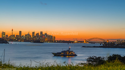 4. Sunset over the Sydney Harbour.