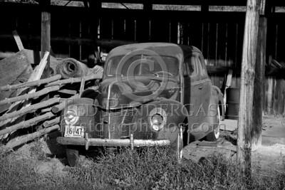 Old Ford Deluxe - Pomfret Rd - Woodstock, VT