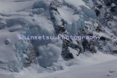 Ice cliff triggered slab avalanche Tasman Glacier NZ
