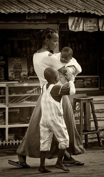 Julia Margaret Cameron Award: Single Image Nominee<br /> Vakoma Family