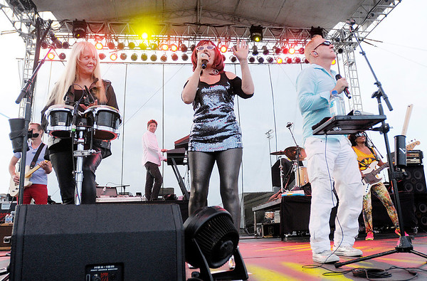 The B-52s perform at Hoosier Park Racing & Casino on Saturday. From left are Cindy Wilson, Kate Pierson and Fred Schneider.