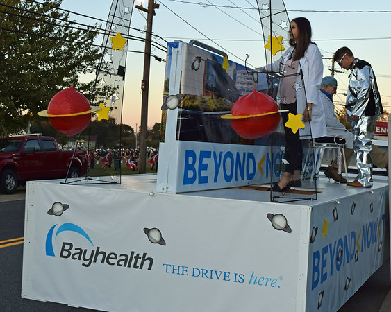 52 PHOTOS: BAYHEALTH FLOAT