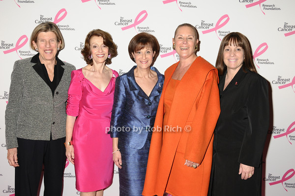 Candace King Weir, Evelyn Lauder, Myra Biblowit, Sheryl Schwartz, Julie Bonacio<br /> photo by Rob Rich © 2009 robwayne1@aol.com 516-676-3939