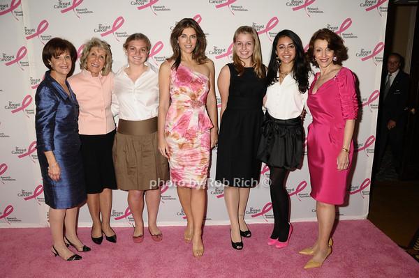 Myra Biblowit, guests, Elizabeth Hurley, guests, Evelyn Lauder<br /> photo by Rob Rich © 2009 robwayne1@aol.com 516-676-3939