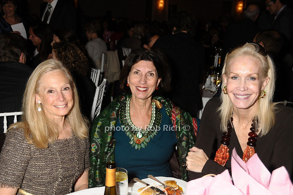 Karen Lefrak,  Pamela Fiore, Joanne de Guardiola<br /> photo by Rob Rich © 2009 robwayne1@aol.com 516-676-3939
