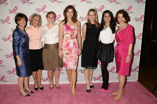 Myra Biblowit, guests, Elizabeth Hurley, guests, Evelyn Lauder<br /> photo by Rob Rich © 2009 robwayne1@aol.com 516-676-3939
