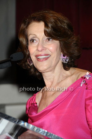 Evelyn Lauder<br /> photo by Rob Rich © 2009 robwayne1@aol.com 516-676-3939