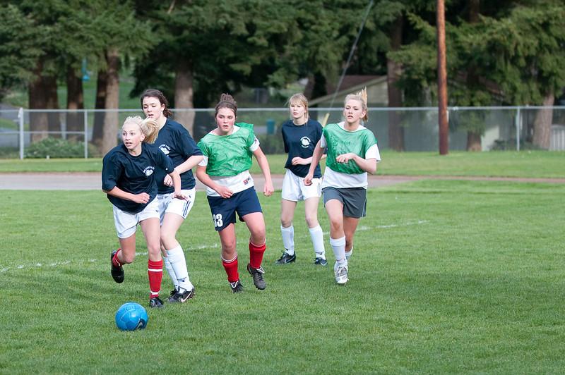 BLMS Soccer-030910-3999