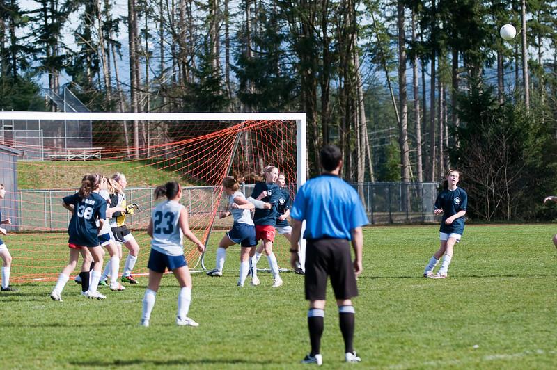 BLMS Soccer-031810-6