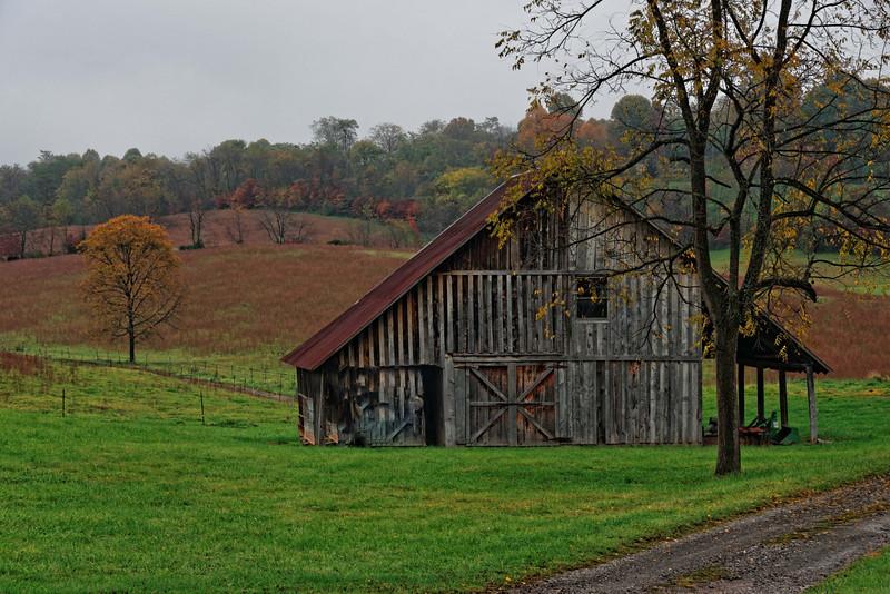 Barn at West Wind Farm Winery