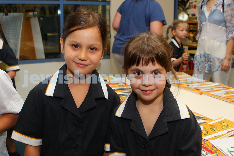 1st day of school 2010. Bialik College, Grade 1. First day wearing school uniform. Jessica Levine (left), Remy Lissek. Photo: Peter Haskin