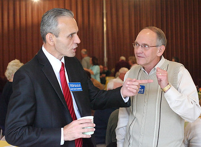 Ted Kalo and Jim Slone at the Bagel Brunch. photo by Ray Riedel