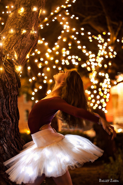 "Dancer - Jeanette Kakareka.<br /> <br /> Location - San Francisco, California.<br /> <br /> To download this photo as an iPhone wallpaper, follow the link below,<br /> <br /> <a href=""http://balletzaida.com/Ballet_Zaida/Ballet_Zaida_Wallpaper.html"">http://balletzaida.com/Ballet_Zaida/Ballet_Zaida_Wallpaper.html</a><br /> <br /> © 2011 Oliver Endahl"