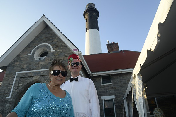 Barefoot black tie Lighthouse