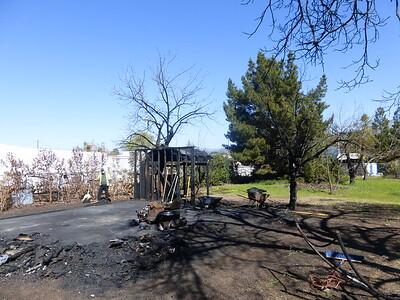 Barn Fire Feb 2015 25