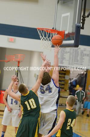 Basketball WIC Boys - Iron Mt