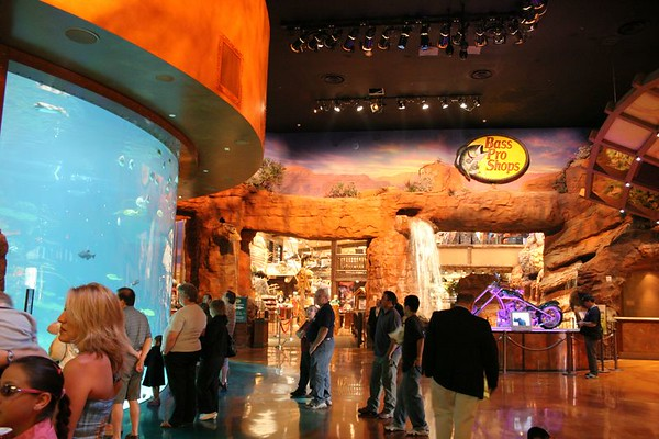 Bass Pro Shop (Las Vegas)