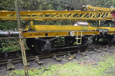 Crane Runner for DRS 81335 is DB998503 ex PDR  25/08/14.