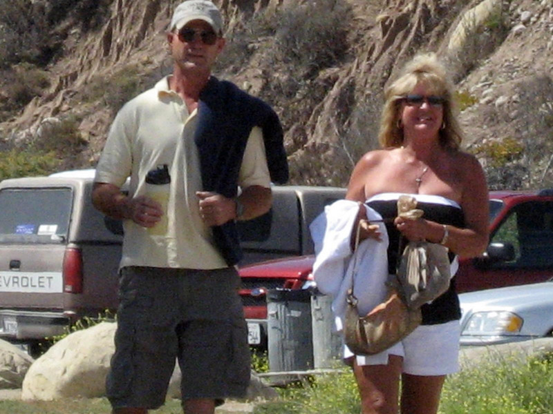 Scott Conley and Jane Watson arriving for our beach hike and dinner.