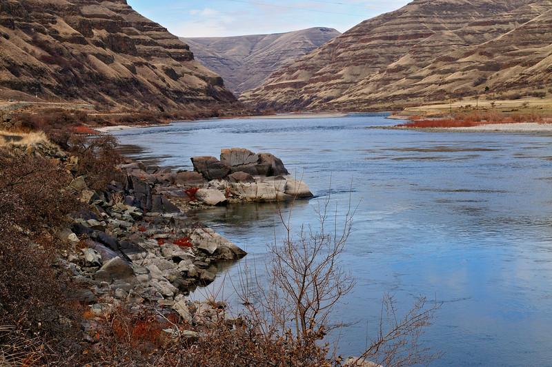 Petroglypyh Point on Snake River, January 2010